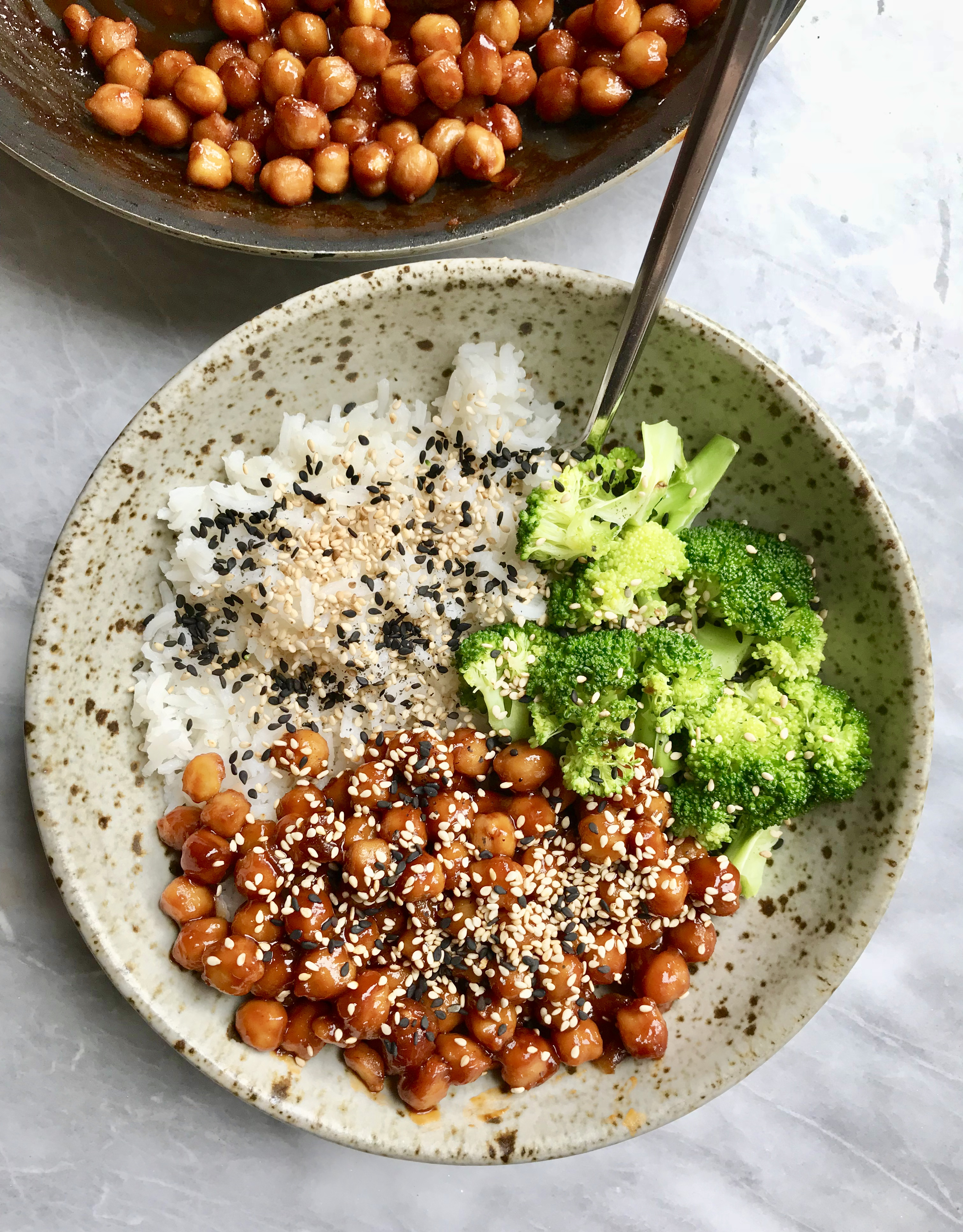 Maple Sriracha Chickpeas